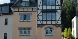 Fassade Mehrfamiliehaus Bad Lobenstein  fertig